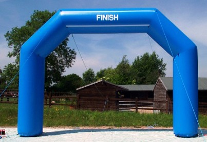Blue inflatable finish line arch for advertising