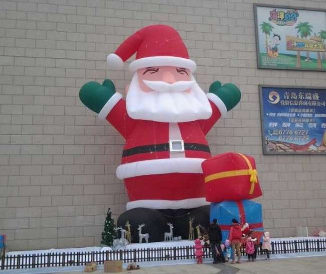 Decorative bespoke inflatable christmas Santa moodle for sale