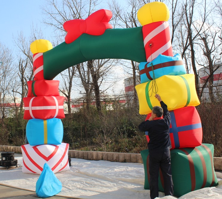 China supplier christmas inflatable gift archway for decorative